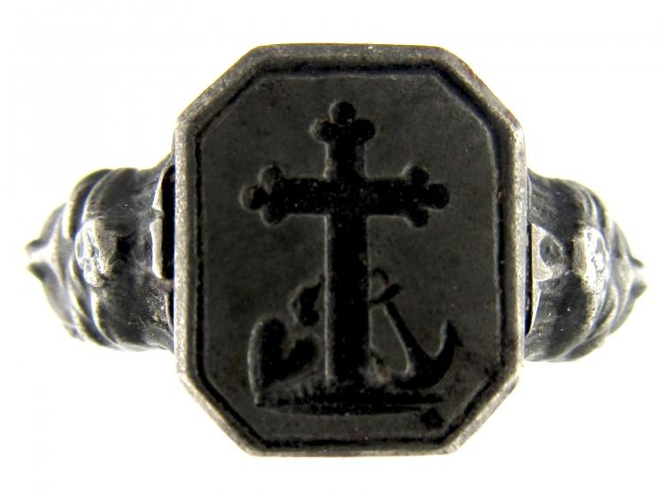 Berlin Iron Faith, Hope & Charity Ring