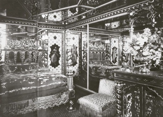 The infamous Le Chabanais luxury brothel in Paris. One room carried Henry's coat of arms over the bed and contained a large copper tub with a half-woman-half-swan figurehead, which he liked to fill with champagne to bathe in with his prostitutes...