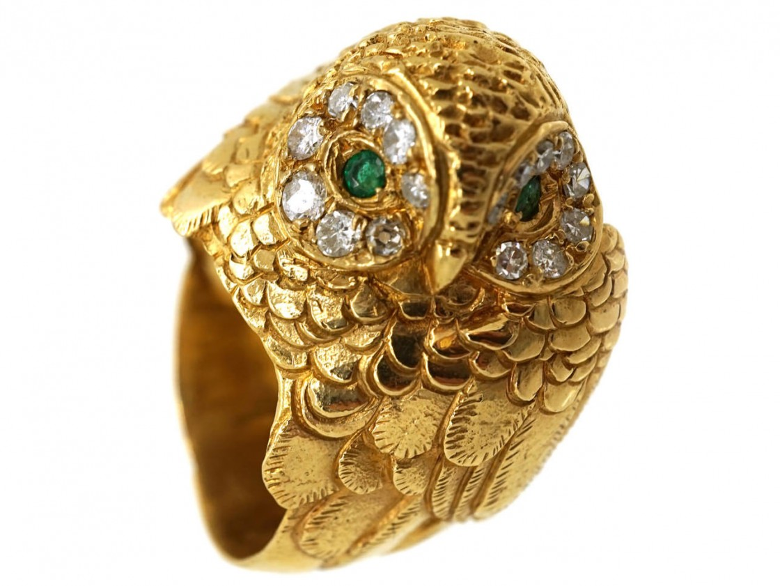 18ct Gold Owl Ring Set With Emeralds Amp Diamonds The