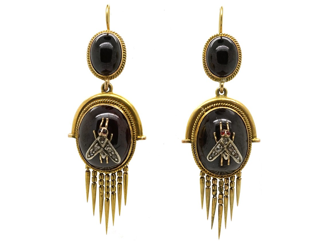 Victorian 15ct Gold Earrings Set With Cabochon Garnets