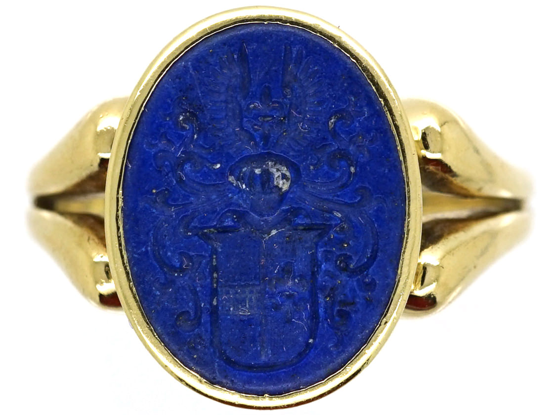 14ct Gold Amp Lapis Signet Ring With Intaglio Of Crest The