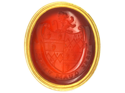 Georgian Gold Cased Seal with Carnelian Base with Intaglio of a Crest with Lion Rampant